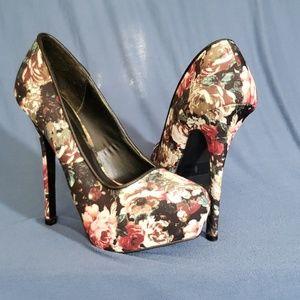 Size 8 Cupid Heels